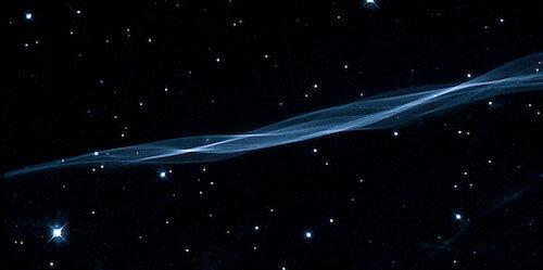 interesting-science-cygnus-veil-threads