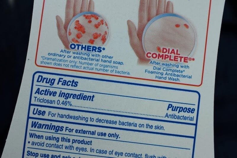Dial-Complete-antibacterial-soap-with-triclosan